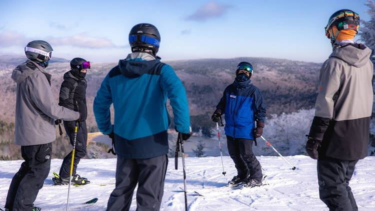 First-Time-Skiing-and-Snowboarding-Tips